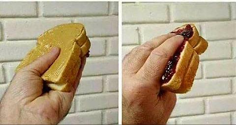 진짜꿀팁] 식빵에 두가지 잼을 안섞이게 발라 먹는방법(팁)!2.jpg